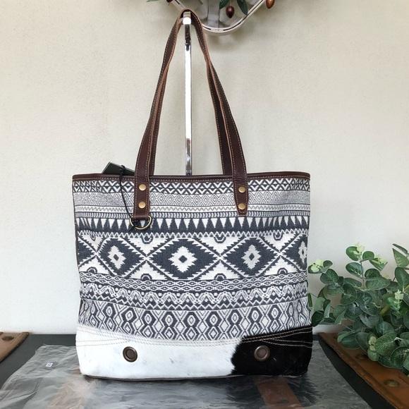 Myra Bag Bags Myra Bag Heavenly Tote Canvas Purse Upcycled B222 Poshmark Leopard bags & handbags for women. myra bag heavenly tote canvas purse upcycled b222